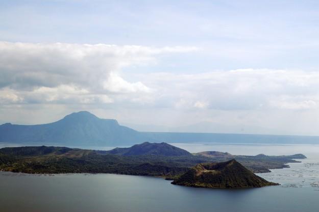 Tagaytay' Taal Volcano